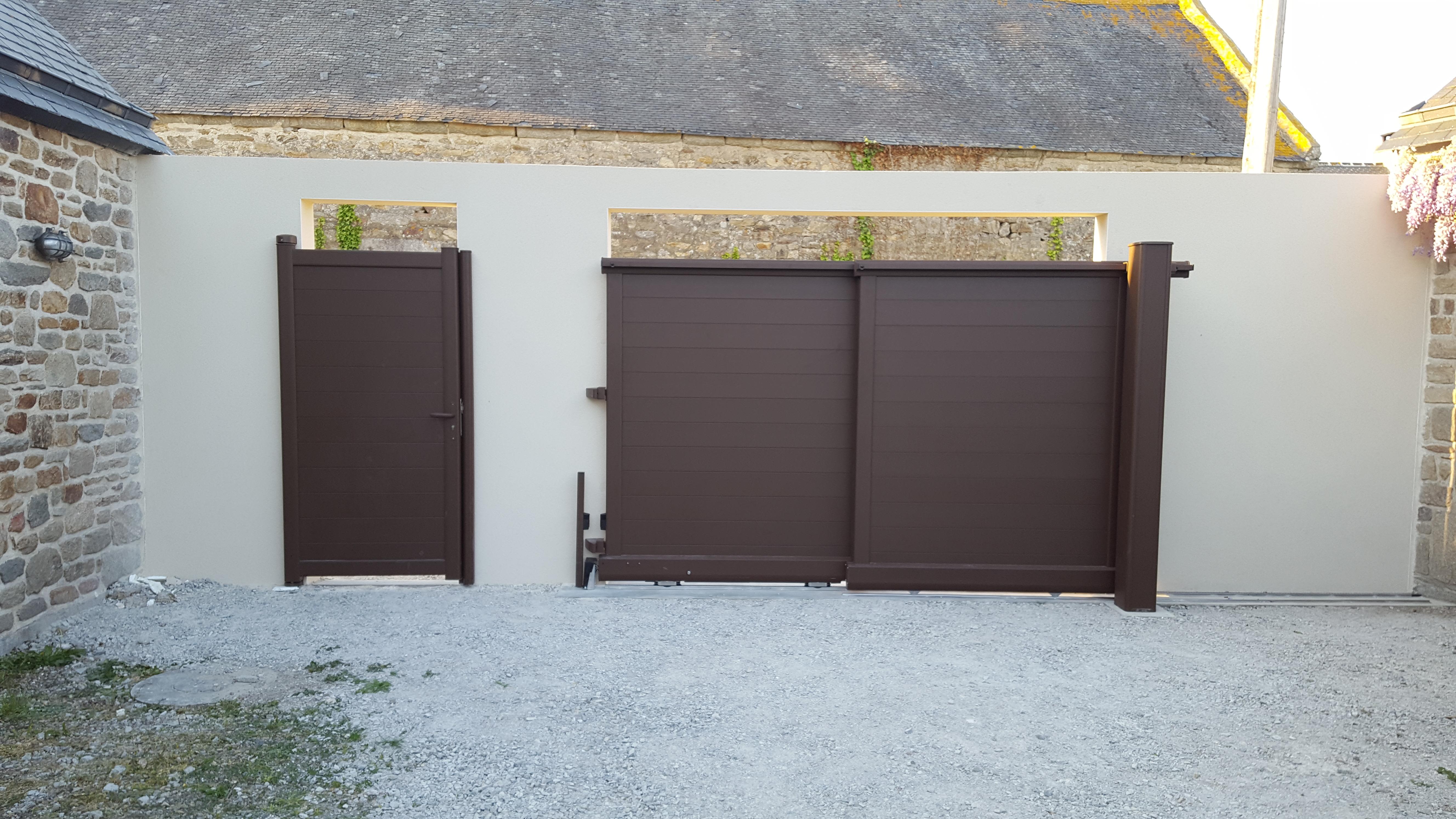 portail de cl ture pvc alu bois composite menuisier theix vannes. Black Bedroom Furniture Sets. Home Design Ideas