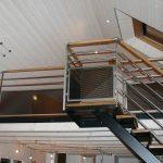 Pour escalier intérieur avec soubassement tôle perforée