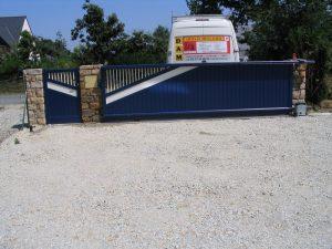 Portail de clôture et portillon assorti en ALU