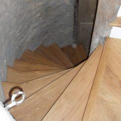 rénovation d'escalier en bois VANNES